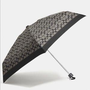 Signature Mini Umbrella